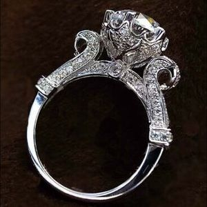 Jewelry - Incredible 4.5 CT Sterling Silver Engagement Ring